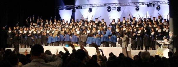 Solenidade lotou o Teatro Governador Pedro Ivo. Fotos: Gustavo Vaz/Ascom