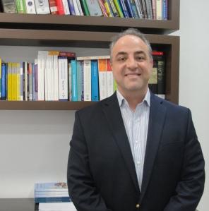 Professor Salm Jr., que é natural de Florianópolis, elaborou artigo em parceria com três pesquisadores da OMS